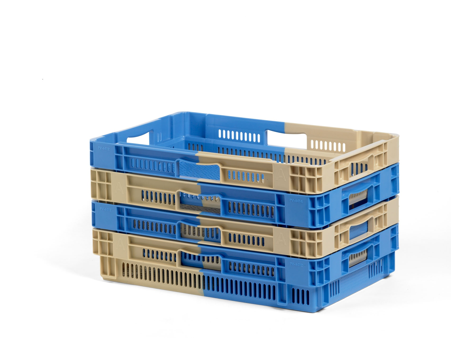 Bi-colour stack and nest crates – Solutions for Agribusinesses